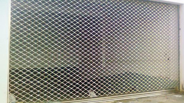 Tìm hiểu cửa cuốn lưới Austdoor có ưu điểm gì